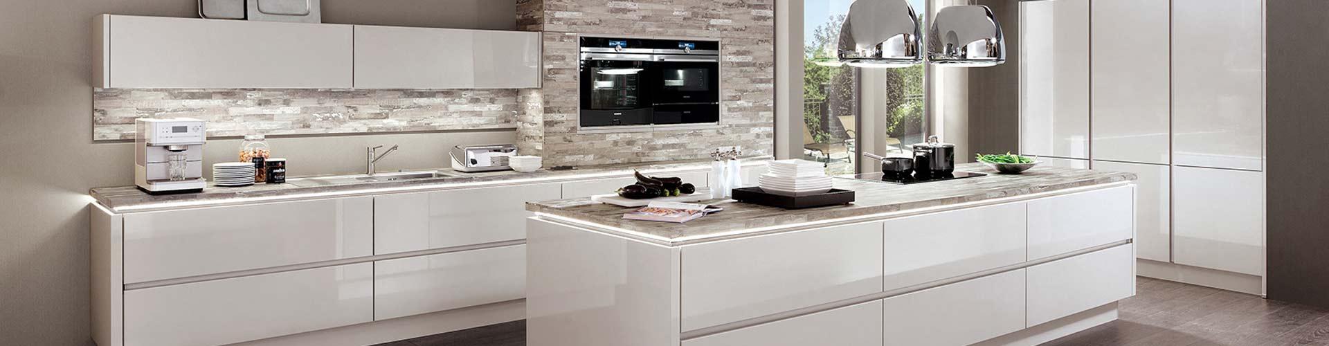 Moderne Küchen • Küchenwelt Klinkhamels • Küchen kaufen in ...